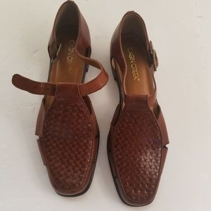 c0d2a2badad3 Cabin Creek brown leather Shoes size 8M